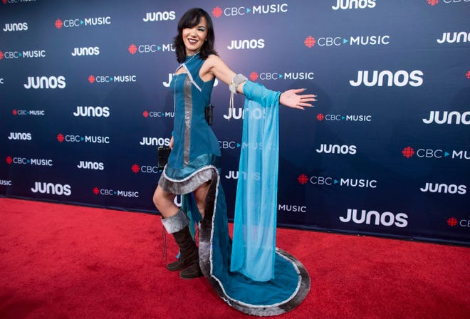 Kelly Fraser arrives on the red carpet at the Juno Awards in Vancouver, British Columbia, on March 25, 2018.