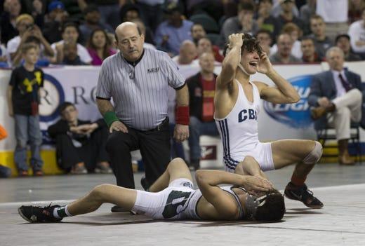 Sebastian Rivera celebrates after winning the 2016 NJSIAA 113-pound championship