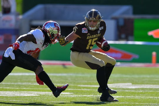 Dec 30, 2019; Dallas, Texas, USA; Western Michigan tight end Giovonni Ricci (15) makes a completion during the first quarter against Western Kentucky at Gerald J. Ford Stadium. Mandatory Credit: Tim Flores-USA TODAY Sports