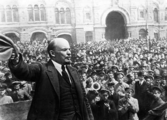 Vladimir I. Lenin established the Union of Soviet Socialist Republics in 1922.