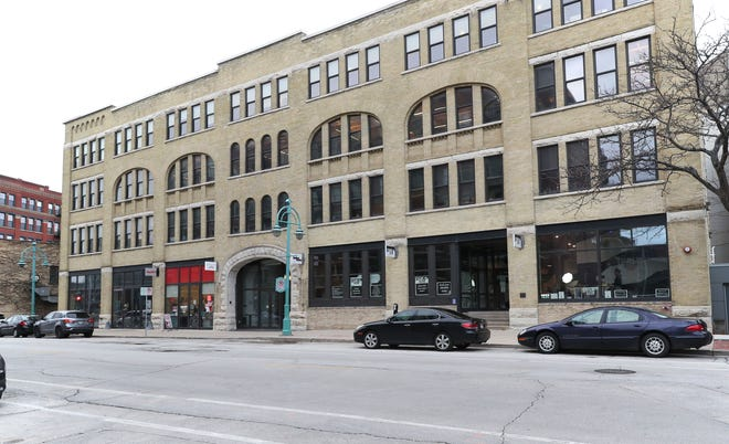 Building at 214-228 East Erie Street in Milwaukee.