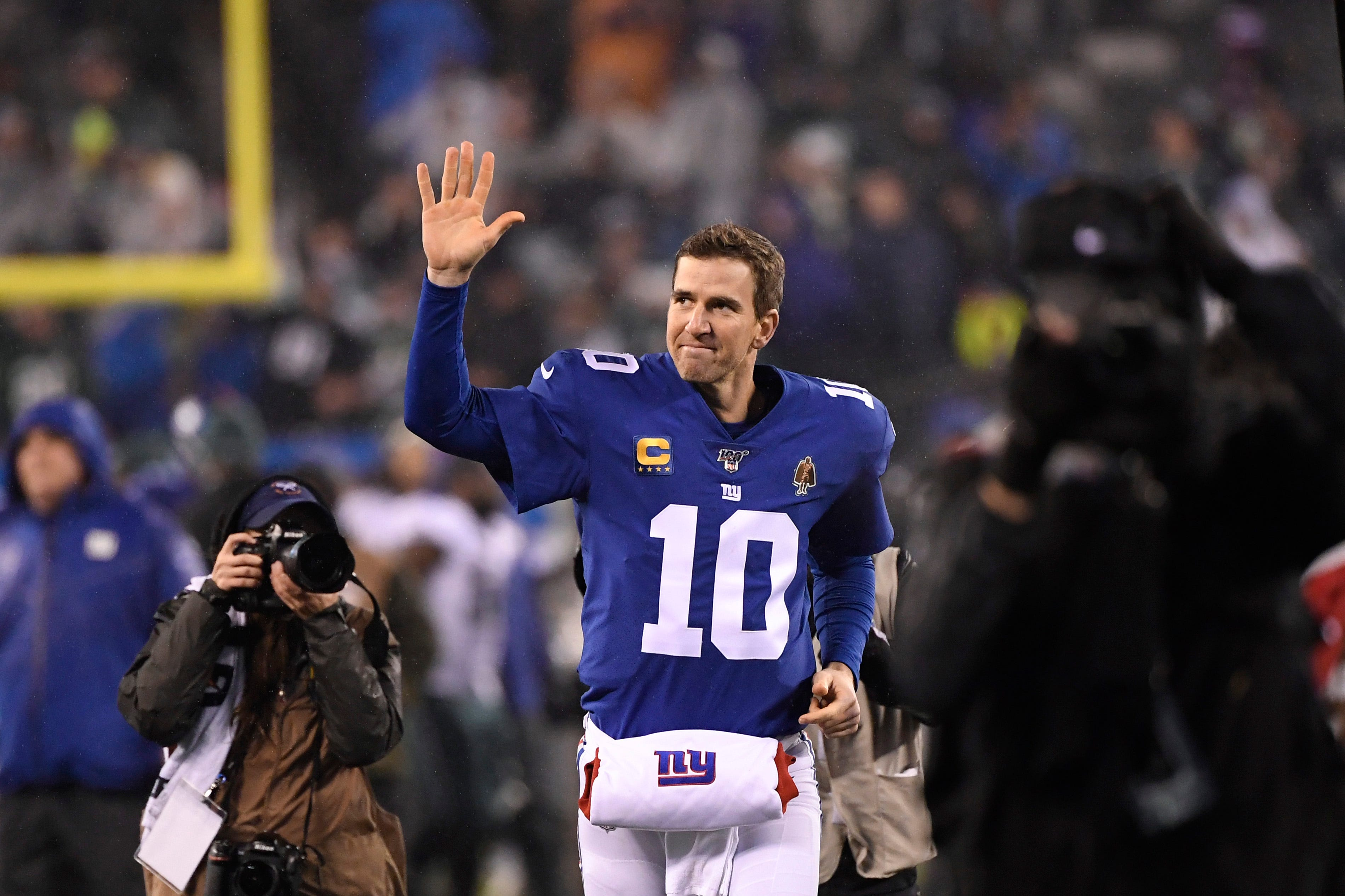 Eli Manning to rejoin Giants in business role, have jersey retired