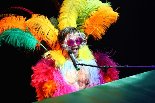Rus Anderson re-creates the magic and live persona of a young Elton John to the delight of audiences.