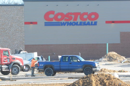 Workers are in the final stages of construction work on a Costco superstore in Ridgeland on Dec. 31, 2019. The store is slated to open in March.