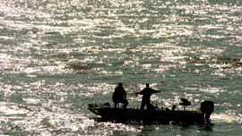 Man missing after boat capsizes below Fort Loudoun dam