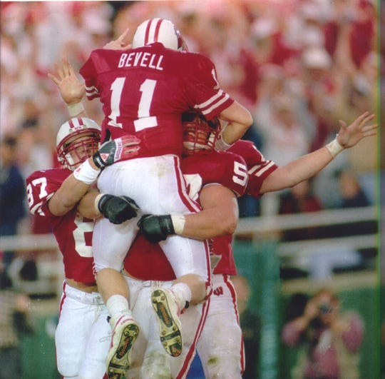 Badgers quarterback Darrell Bevell celebrates his touchdown run against UCLA in the 1994 Rose Bowl.