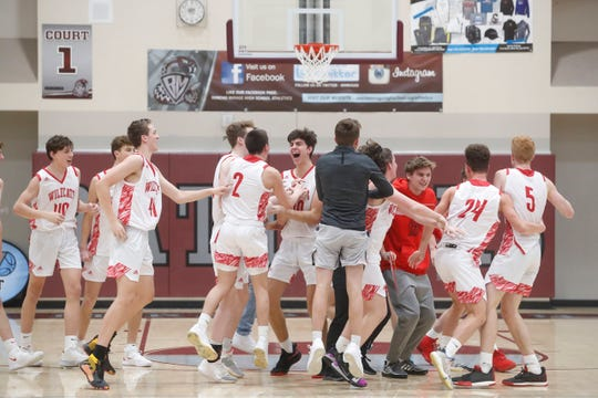 Mount Si's celebrates their championship game against Mayfair High School for the Rancho Mirage Holiday Invitational.