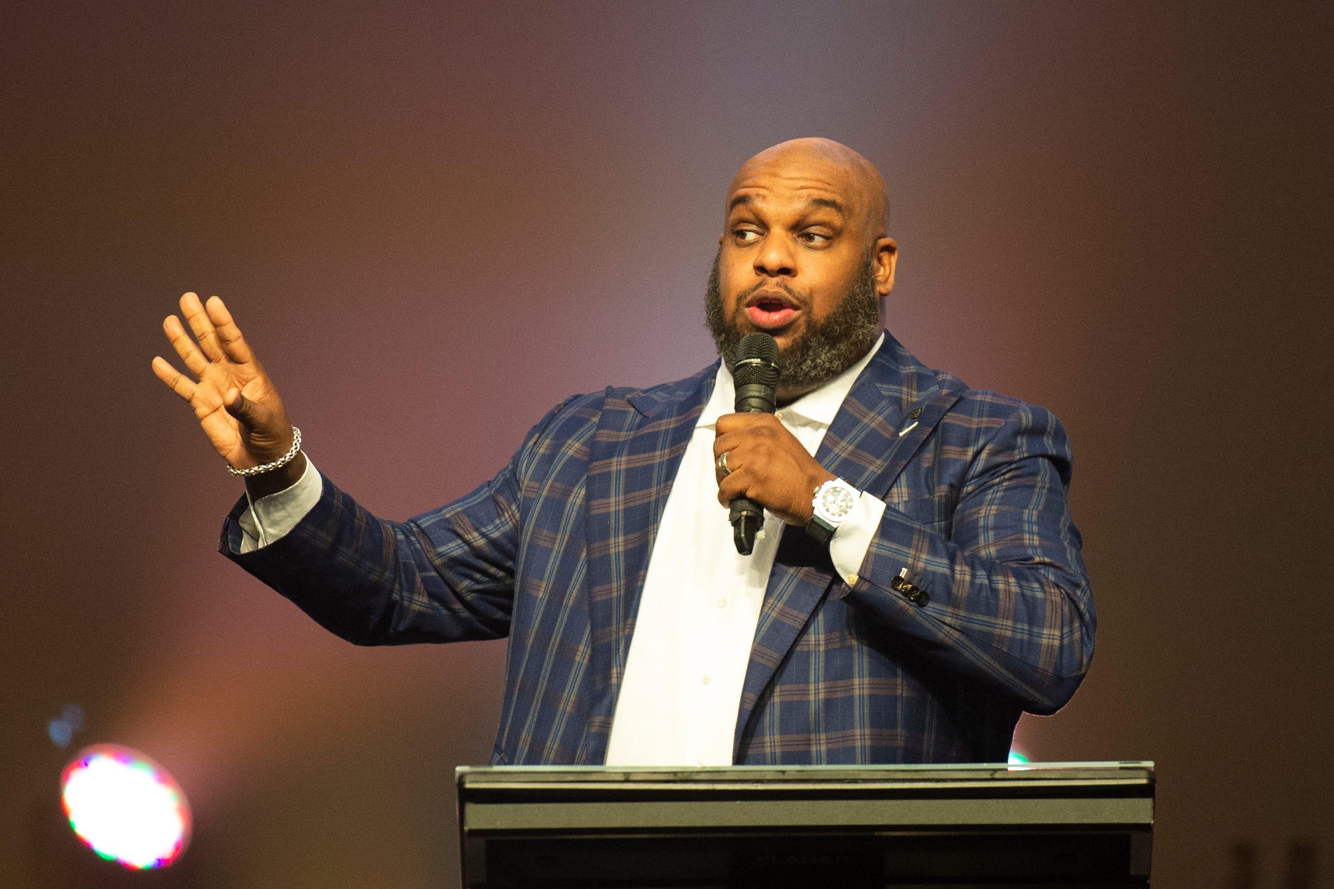 Pastor John Gray Cheating Scandal Plot Thickens [VIDEO]