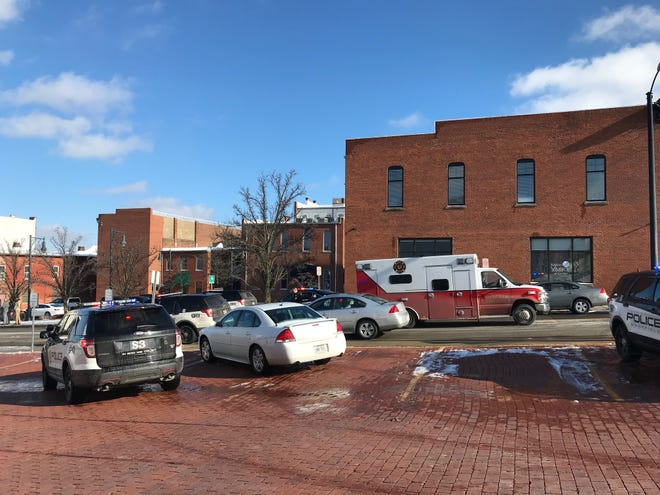A man was shot downtown Mansfield in the Carrousel District Wednesday afternoon around 1 p.m. Mansfield police officers and detectives are on scene.