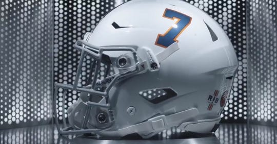 Auburn will wear alternate helmets featuring Pat Sullivan's No. 7 during the Outback Bowl.