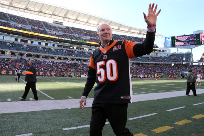 Former Cincinnati Bengals head coach Sam Wyche acknowledges the fans at halftime during the Week 12 NFL game between the Cleveland Browns and the Cincinnati Bengals, Sunday, Nov. 26, 2017, at Paul Brown Stadium in Cincinnati.