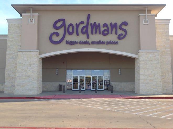 A Gordmans storefront