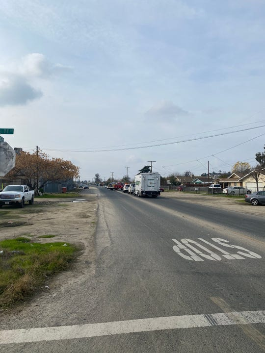 Tulare County sheriff's detectives are investigating a deadly shooting in east Porterville.