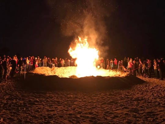 The 2018 Christmas tree burn benefiting Cocoa Beach High's Project Graduation drew a large crowd and dozens of trees. This year's burn is set for Jan. 4 at Alan Shepard Park and also benefits the school's surf team.
