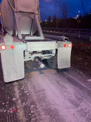 Kentucky State Police responded to a tanker trailer losing its material along I-471 on Tuesday.
