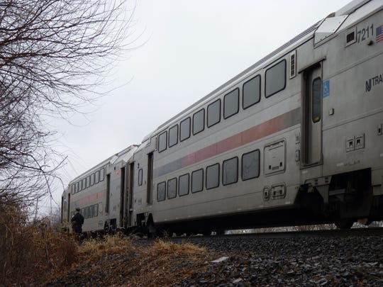 A NJ Transit train on the Raritan Valley line in Middlesex Borough.