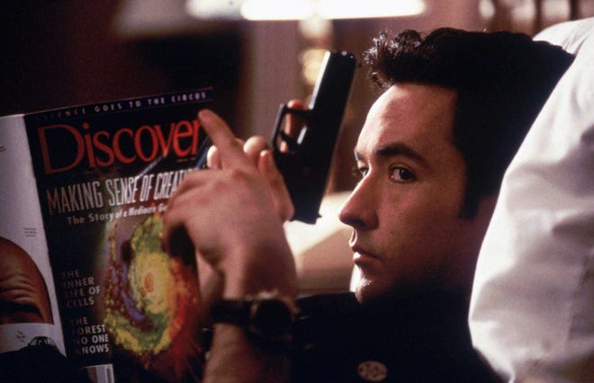 John Cusack stars as Martin, a hired gun who returns to Grosse Pointe, Michigan, to combine a contract job and his 10-year high school reunion.