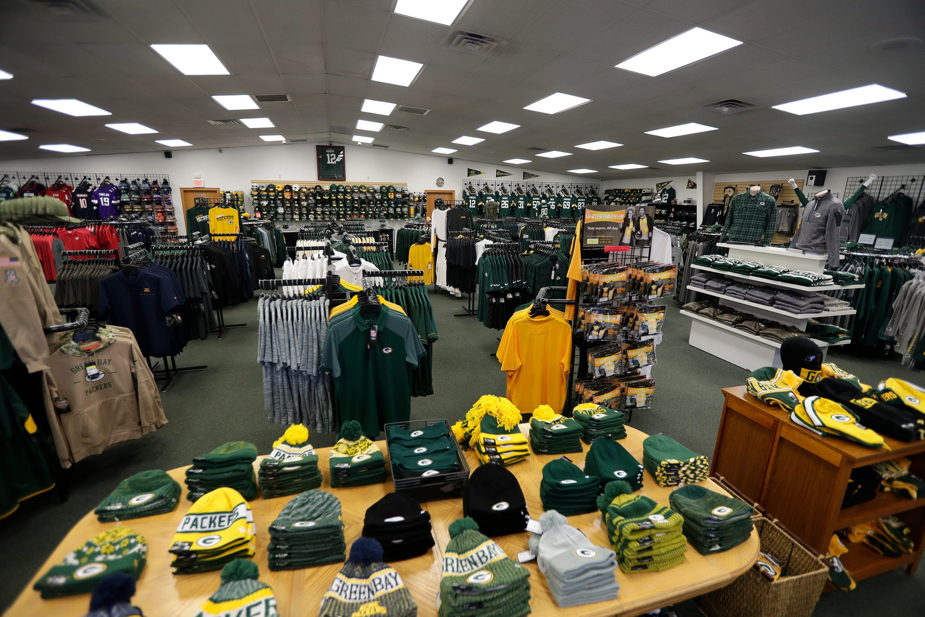 Green Bay Jersey Store closing after 24 years of business