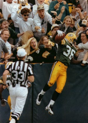 "LeRoy Butler and the ""Lambeau Leap"""