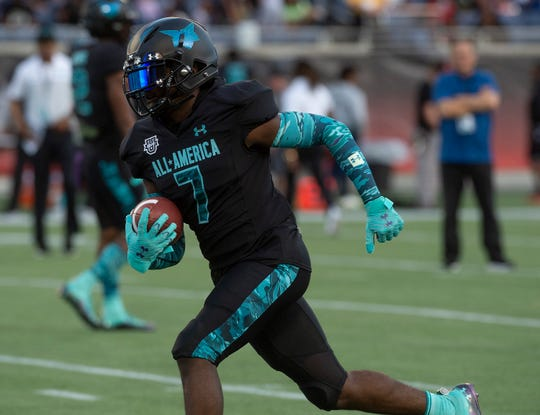 Team Pressure wide receiver Thaiu Jones-Bell, committed to Alabama, (7) warms up before the Under Armor All-America Game in Orlando, Fla., on Thursday January 2, 2020.