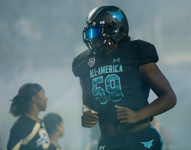 Team Pressure offensive tackle Broderick Jones (59) is introduced at the Under Armor All-America Game in Orlando, Fla., on Thursday January 2, 2020.