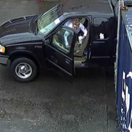 Franklin police are seeking suspects in a Dec. 22 tire theft.