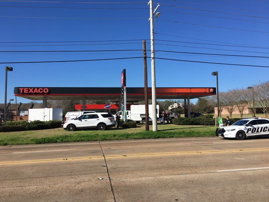 Police and ATF investigate Texaco on Jackson Street in Alexandria