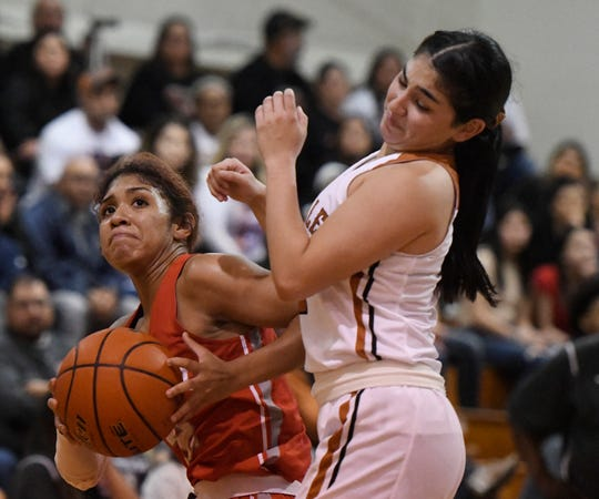 Beeville faces Robstown in a home game, Friday, Jan. 3, 2020, in Beeville.