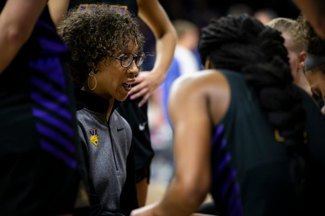 UNI head coach Tanya Warren talks to her players during a timeout during their basketball game at the Knapp Center on Friday, Jan. 3, 2020, in Des Moines. Drake would go on to defeat UNI 104-87.