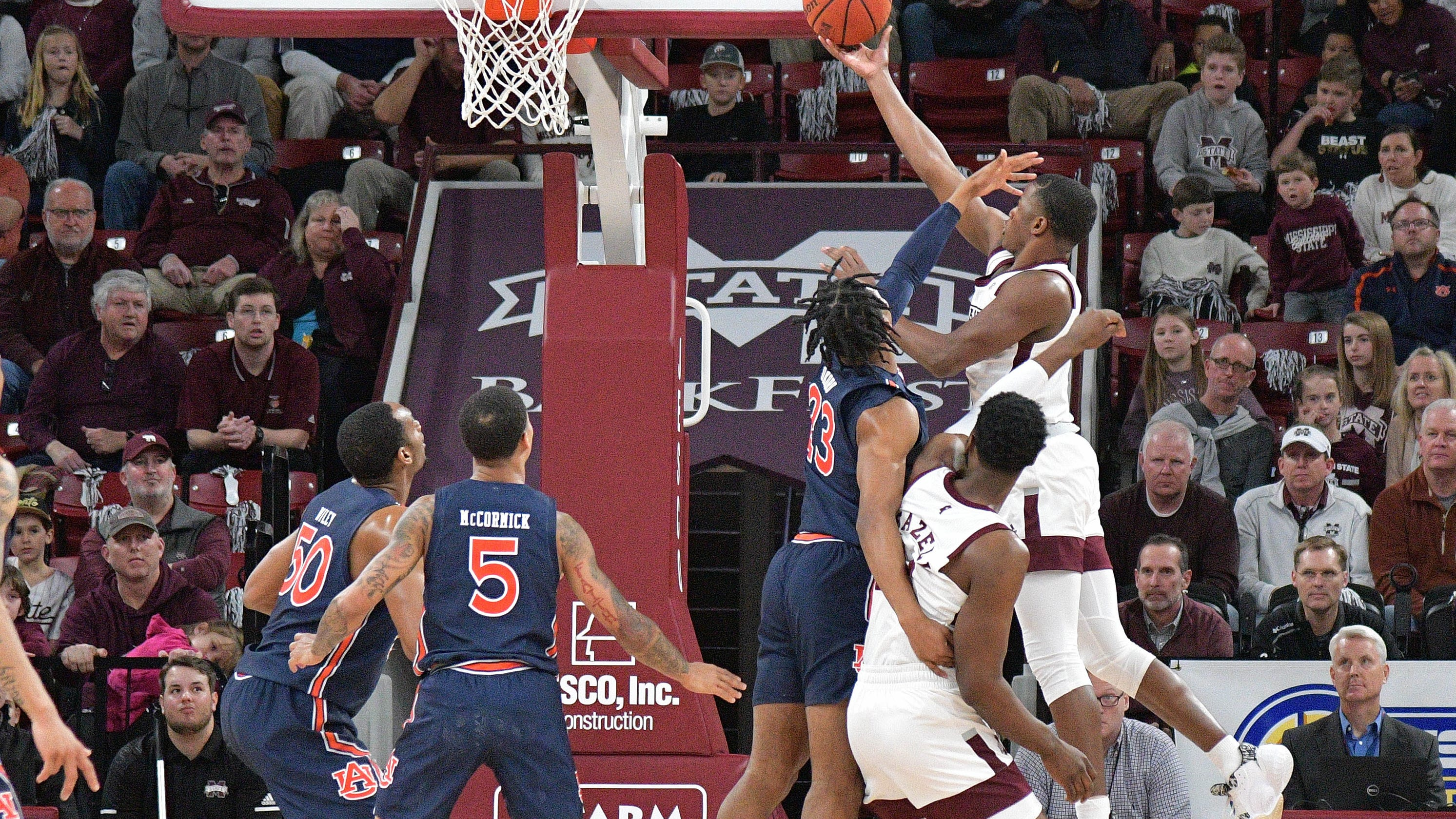 No 7 Auburn Takes Care Of Mississippi State In Sec