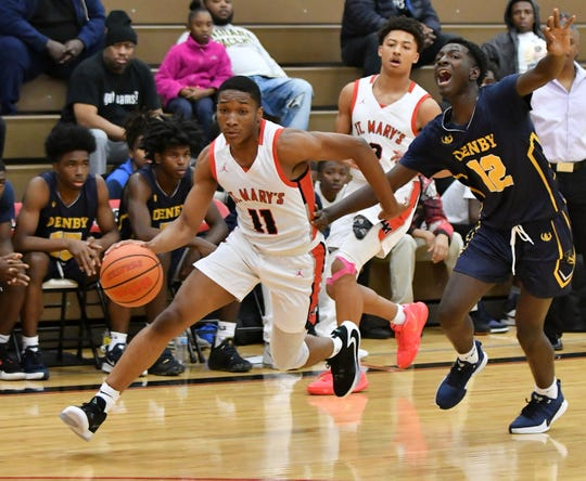 Lorne Bowman and Orchard Lake St. Mary's are the No. 1 boys team in the first Super 20 rankings of the season.