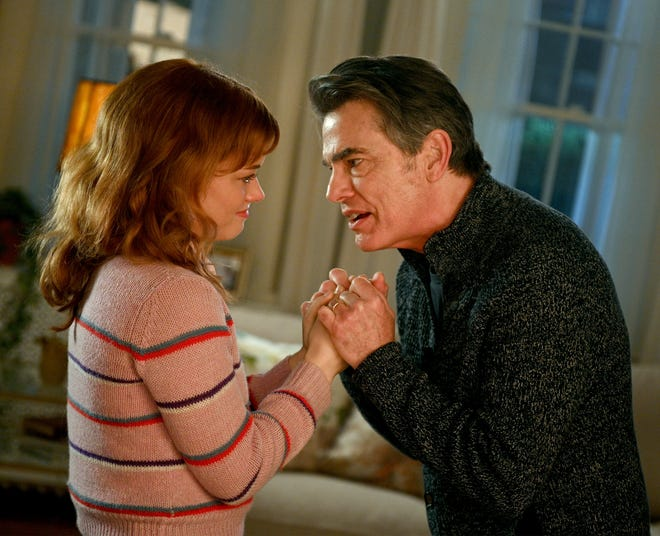 "Jane Levy as Zoey and Peter Gallagher as Mitch on ""Zoey's Extraordinary Playlist."""