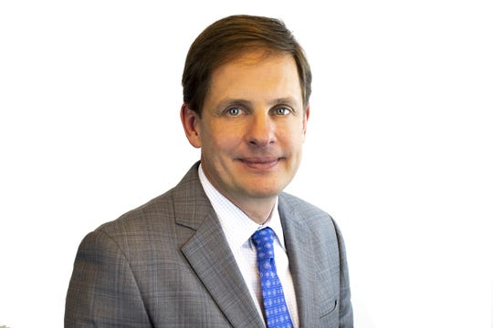 Pinnacle Financial named Phillip May president of its Memphis bank region.