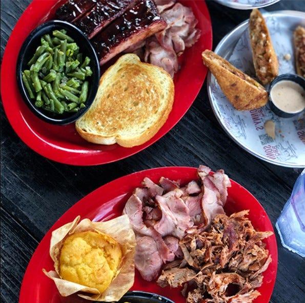 Sonny's BBQ plates