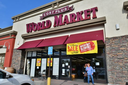 """A """"blowout sale"""" hits Visalia's World Market ahead of its Jan. 25 closure. Customers can save deep discounts on imported snack, furniture and kitchen gadgets."""