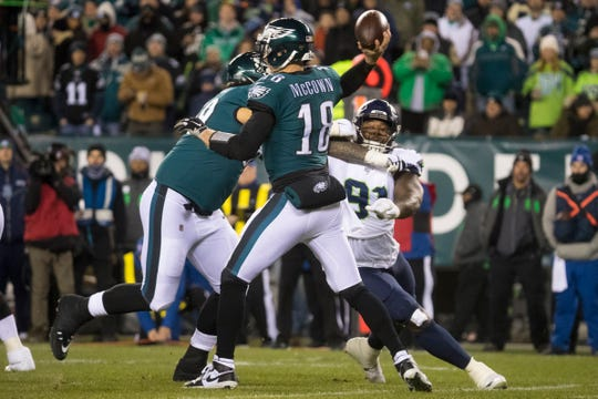 Eagles' Josh McCown (18) throws downfield at Lincoln Financial Field. The Seahawks defeated the Eagles on Jan. 5, 2020, ending their season 17-9.