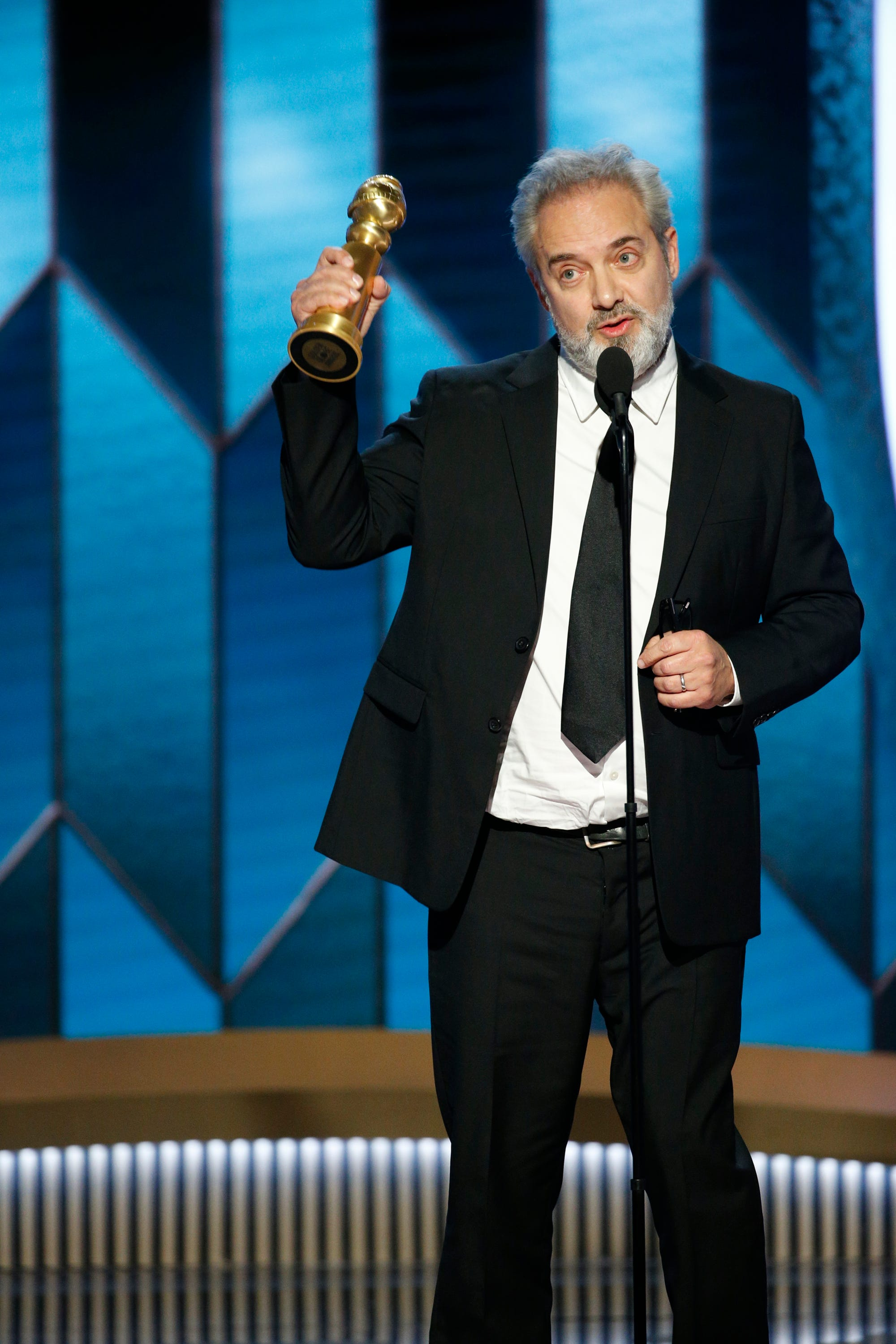 Golden Globes 2020:  1917  wins best drama,  Once Upon a Time in Hollywood  takes best comedy