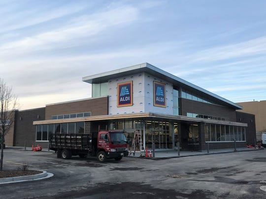 Aldi will open in Glendale on Jan. 30.