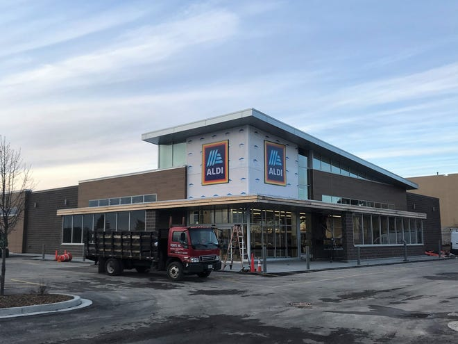 Aldi will open in Glendale on Jan. 30.