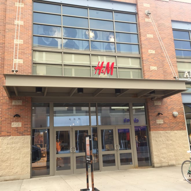 An H&M retailer in Wisconsin is showed in this USA TODAY Network file photo. A store in Springfield, Missouri's Battlefield Mall is expected to open in fall 2020.