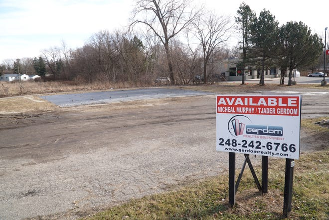 Lyon Township approved a special land use for this site at 22700 Pontiac Trail for a potential Burger King restaurant. In recent years it has been used as a seasonal retail landscape supply space.