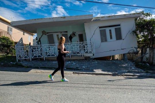 En esta imagen se observa lo dañada que quedó esta vivienda en Puerto Rico tras el sismo.