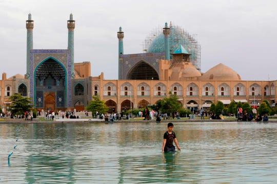Meidan Emam, or Naqsh-e Jahan Square