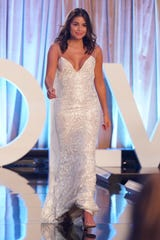 """Knoxville's Hannah Ann Sluss competes on """"The Bachelor."""""""