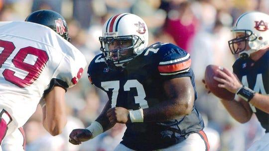Former Auburn offensive lineman Kendall Simmons.