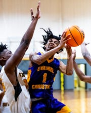 Evangel's Tyree Curry (1) against Autauga Academy at the Autauga Academy campus in Prattville, Ala., on Tuesday January 7, 2020.