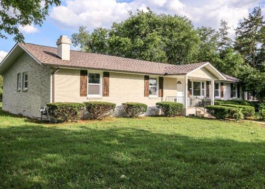 RUTHERFORD COUNTY: 1076 N. Twin Oak Dr., Murfreesboro 37130