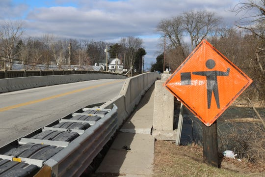 The long awaited reconstruction of the Elmore bridge is set to begin next week.