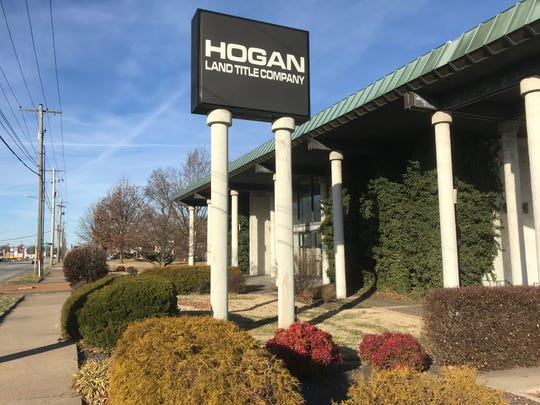 Keith Chaffin, co-owner with his wife of Hogan Land Title Company, called columnist Steve Pokin to ask: Why me? Chaffin says his company has nothing to do with a couple of people who have recently been holding a picket sign outside his business.