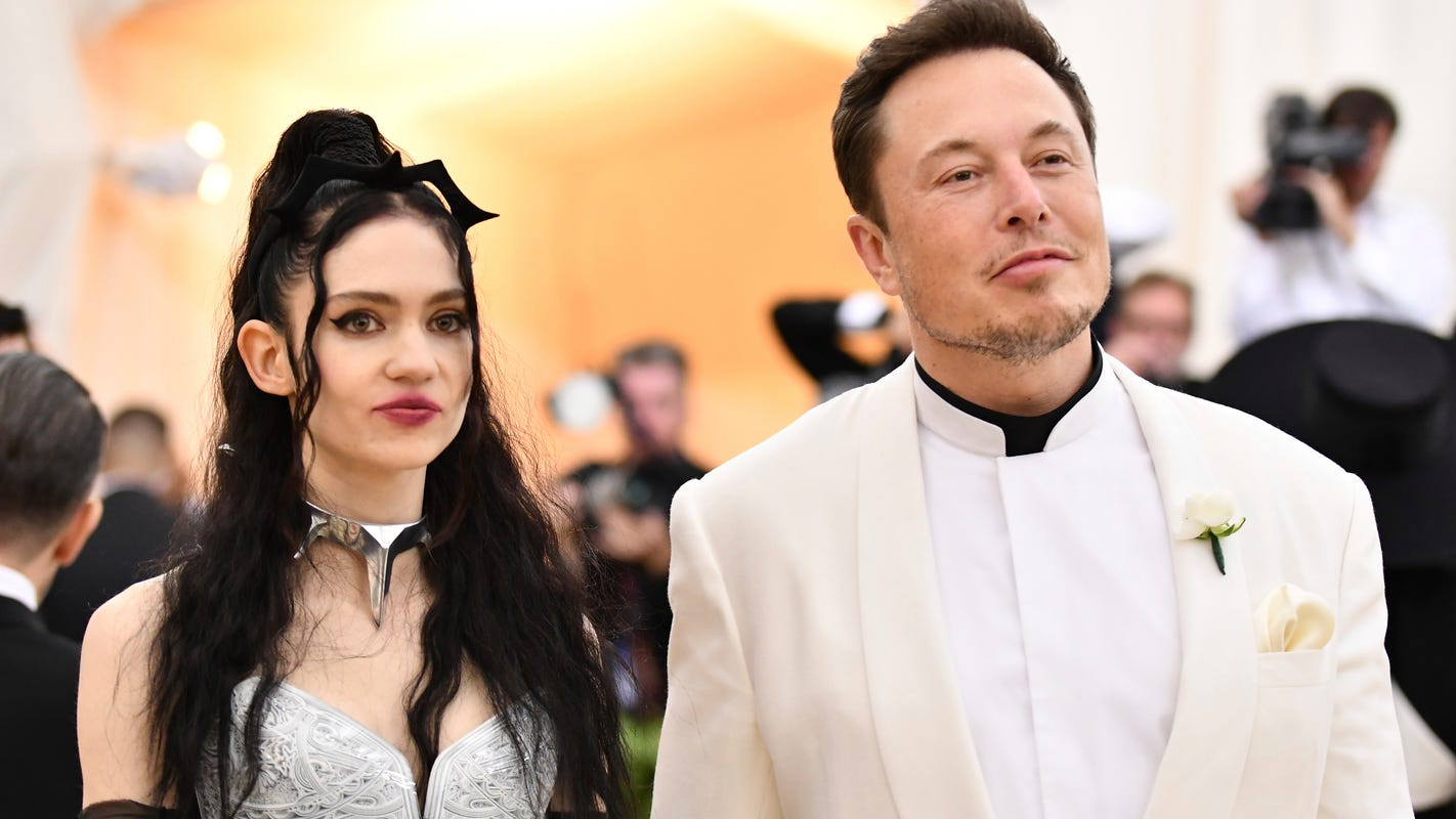 Grimes now goes by 1 letter, says her and Elon Musk's 5-month-old son X Æ A-XII enjoys 'radical art'